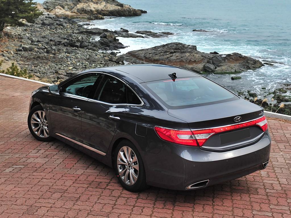 for houston htm tx sedan hyundai owned azera sale used pre in base